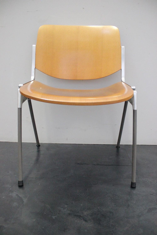 Sedie anonime castelli design g piretti marco polo for Sedie design outlet online