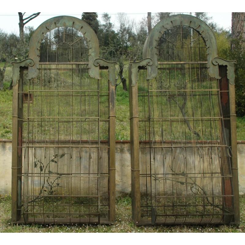 Gilded aviary