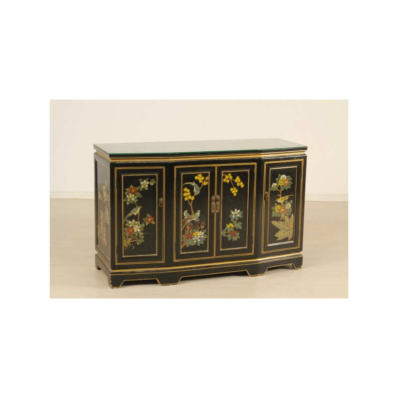 CREDENZA IN CHINOISERIE