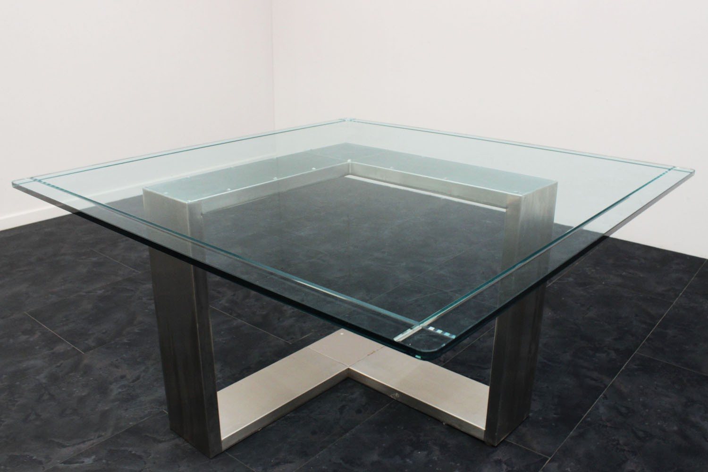 Tavolo acciaio e vetro anni 70 135x136x71h marco polo for Tavolo acciaio design