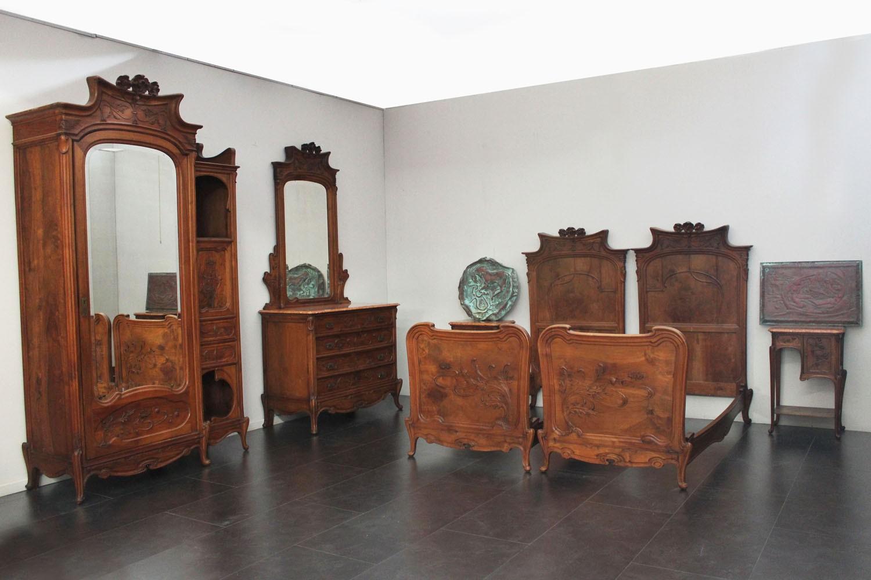 Mobili scandola in stile new classic la migliore scelta di casa e interior design - Camere da letto stile antico ...