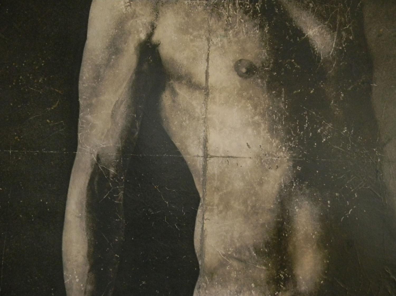 Nudo Di Uomo Sguardo Al Cielo In Acrilico Marco Polo